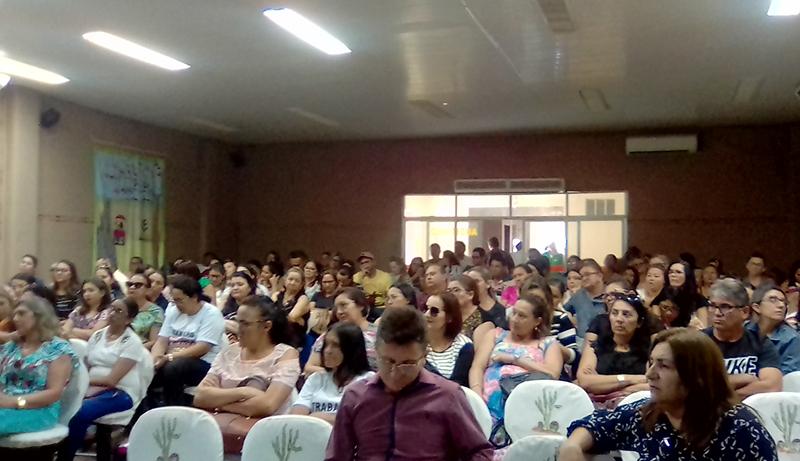 Tauá: Categoria se reúne em Assembleia Geral e decide continuar greve