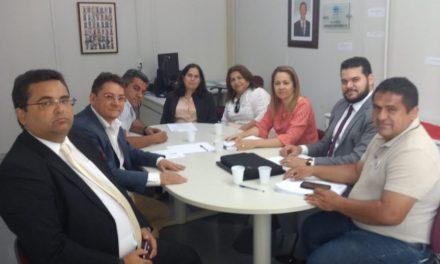 Tauá: Sindicato APEOC participa de Audiência de Conciliação no TJCE sobre greve no município