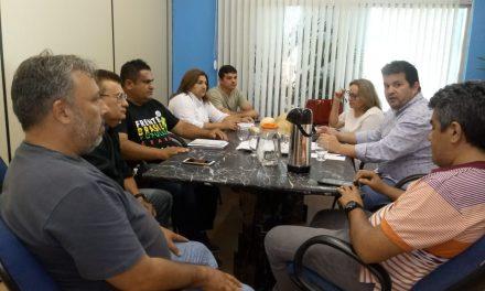 TAUÁ: Sindicato APEOC se reúne com Prefeitura para tratar de pautas da categoria