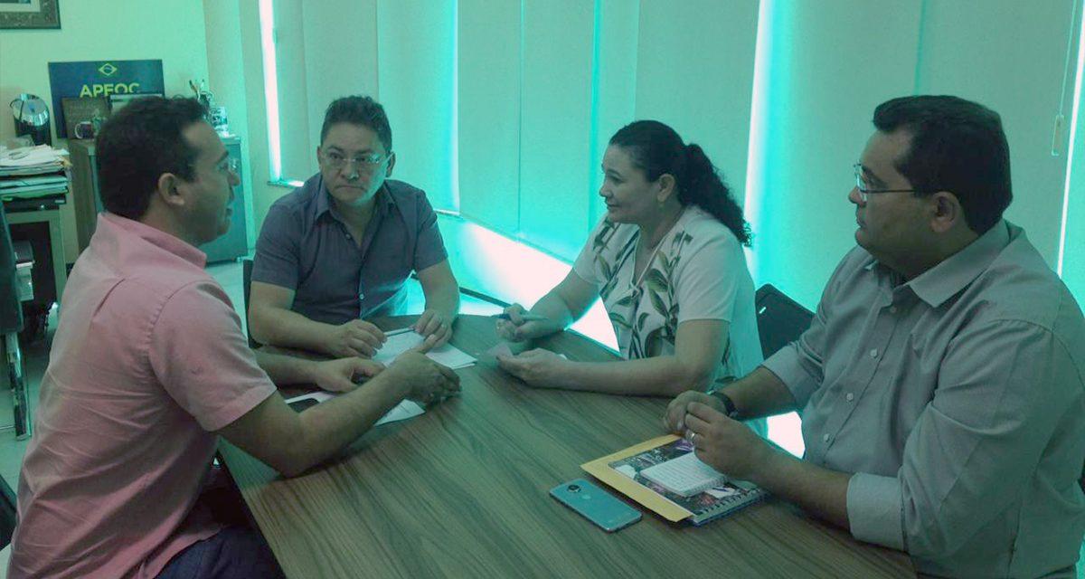 PEREIRO: Reunião discute precatório do FUNDEF, ações trabalhistas e Plano de Carreira
