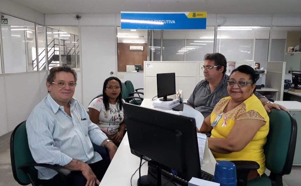 Horizonte: APEOC vai à Secretaria de Educação e cobra convocação do cadastro reserva