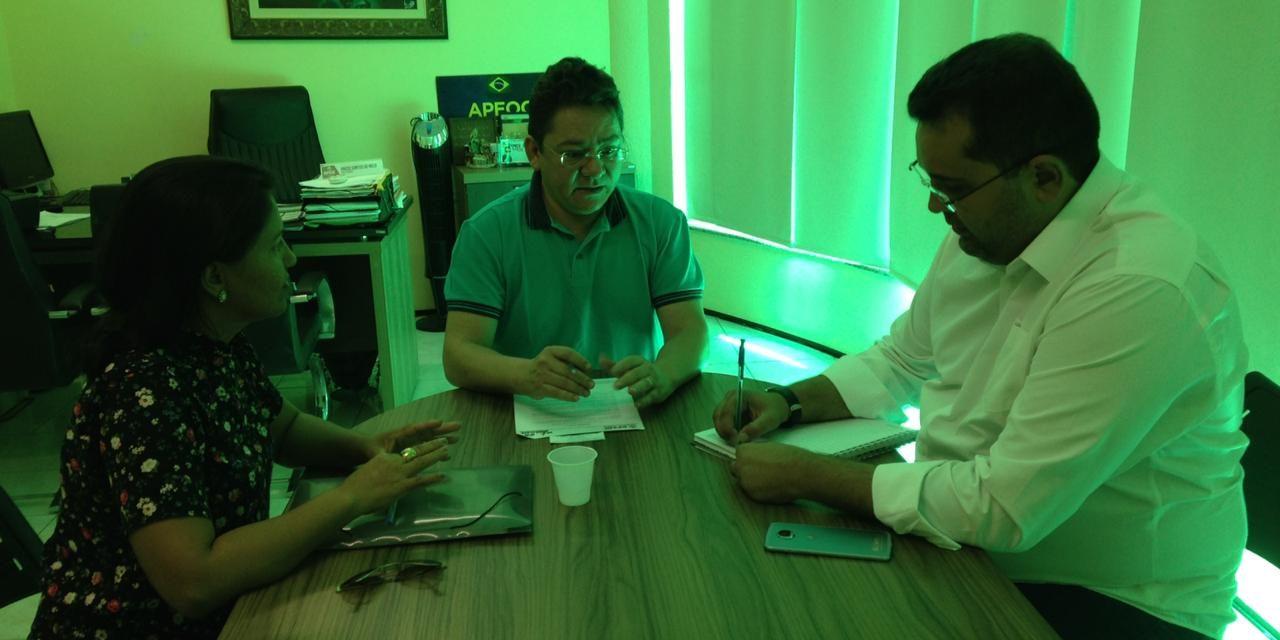 Acaraú: Sindicato APEOC se reúne com Comissão Municipal para tratar de pautas da categoria