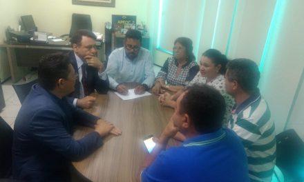 Pereiro: Sindicato APEOC e prefeito assinam acordo sobre destinação dos recursos do Precatório do FUNDEF