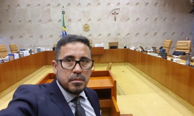 Blog do Eliomar: Professores cobram do governador reajuste salarial e pagamento das promoções