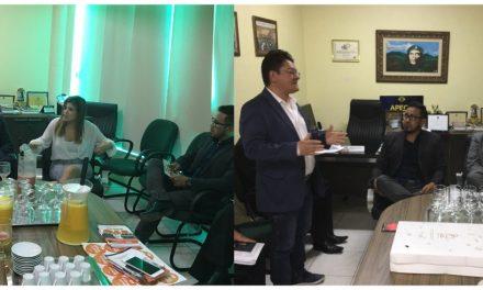 Dirigentes do Sindicato APEOC recebem os candidatos à presidência da OAB Ceará