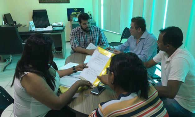 Solonópole: Sindicato APEOC discute demandas em reunião com Comissão Municipal