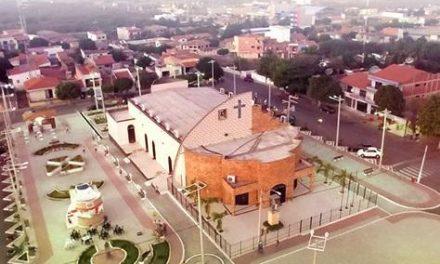 Varjota: Sindicato APEOC cobra salários atrasados de 2018