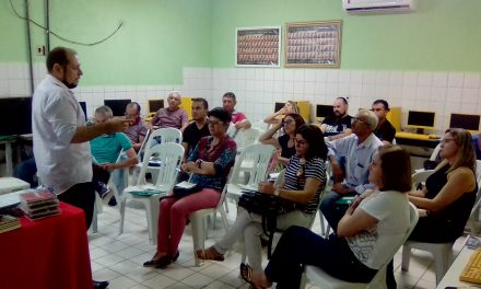 Piquet Carneiro: Sindicato APEOC realiza plenária sobre campanha salarial 2019 e Precatórios do FUNDEF