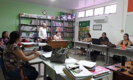 Fortim: Sindicato APEOC trata de Ampliação de Desempenho durante reunião na SME