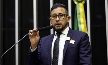 Anizio Melo faz articulações em Brasília em defesa da Educação