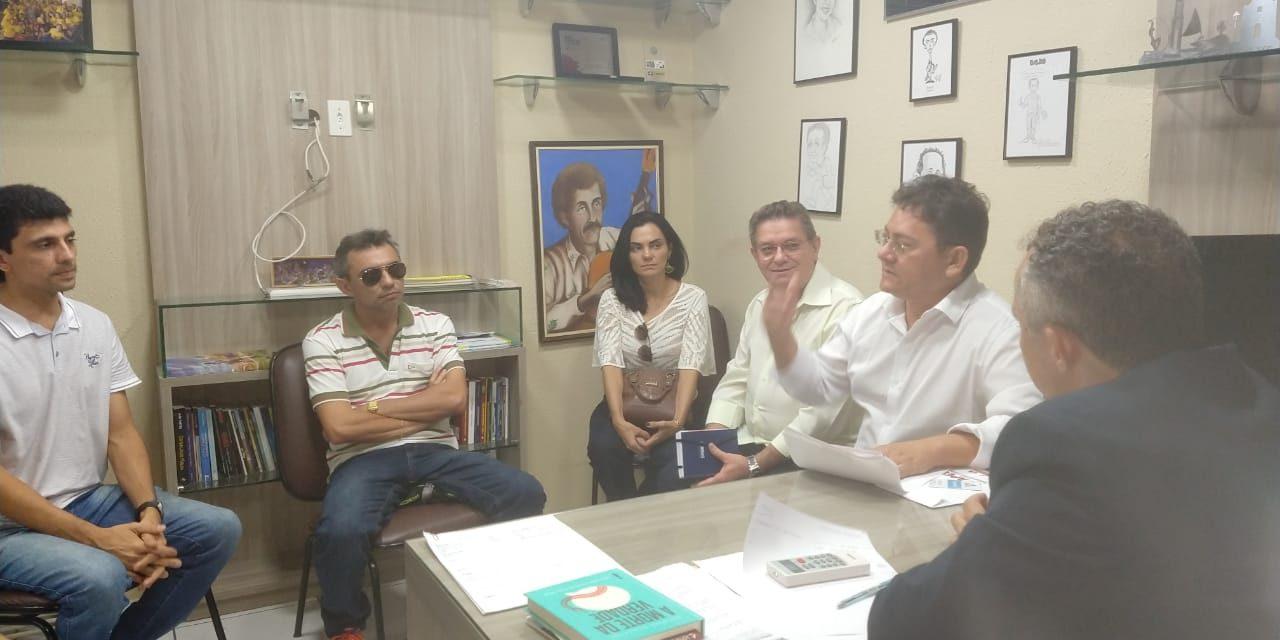 Fortaleza: APEOC cobra garantia de redução de carga horária para professores com filhos com deficiência