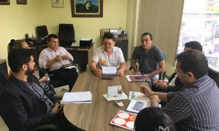Ocara: Direção Estadual da APEOC recebe Comissão Municipal para reunião de trabalho