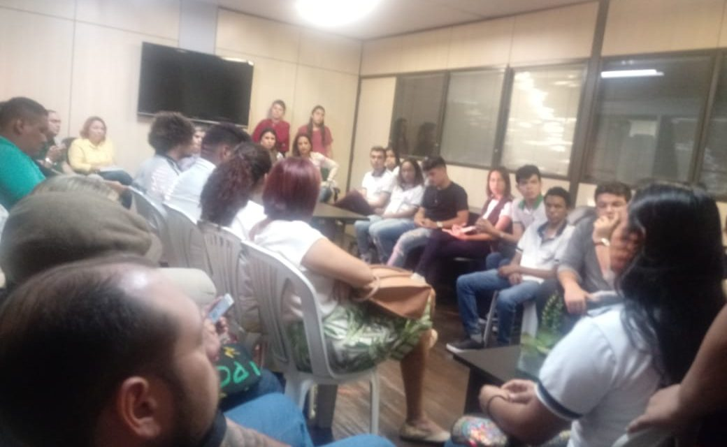 Fortaleza: APEOC e comunidade escolar cobram melhorias na estrutura de escolas