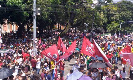 Educação leva mais 100 mil para as ruas em Fortaleza e no interior contra a DEFORMA da Previdência e os cortes na Educação