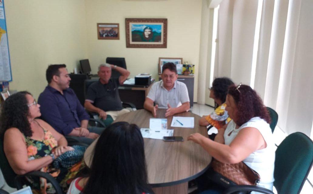 APEOC discute Precatórios do FUNDEF com professores de Horizonte