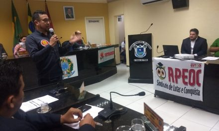 Acaraú: Anizio Melo amplia adesão à Greve Nacional da Educação em audiência pública
