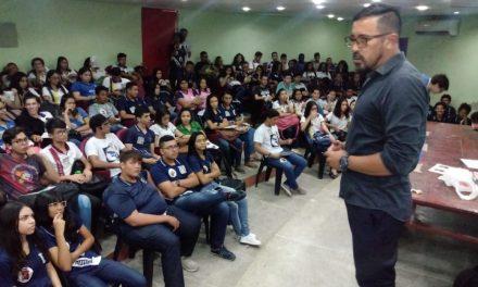 APEOC participa de Congresso Estudantil da UESM e mobiliza para 30 de maio
