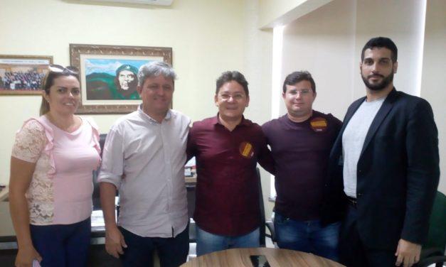 Pedra Branca: APEOC discute Precatórios do FUNDEF com o prefeito