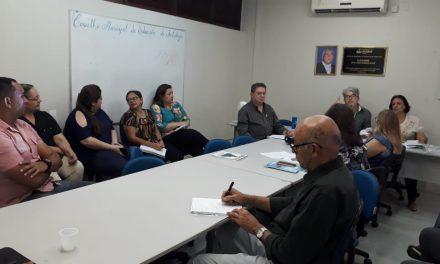 APEOC participa de reunião no Conselho Municipal de Educação de Fortaleza