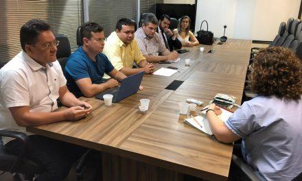 Jornada pela Homologação: APEOC e concursados realizam mesa de negociação com a SEDUC