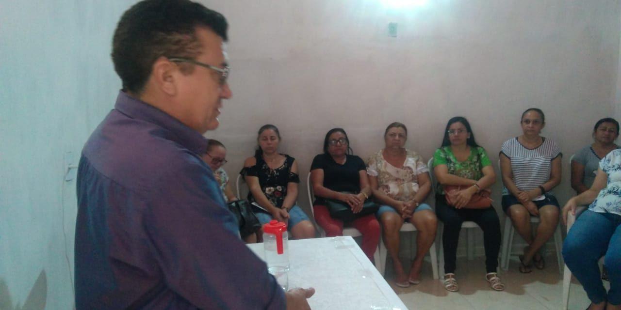 Abaiara: APEOC discute 1/3 de férias, readequação do Plano de Cargos e outras demandas da categoria