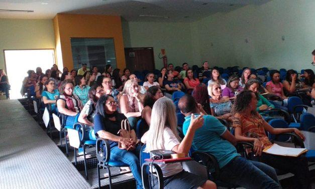NOVA OLINDA: APEOC DISCUTE PLANO DE CARREIRA, PROGRESSÃO E PRECATÓRIOS