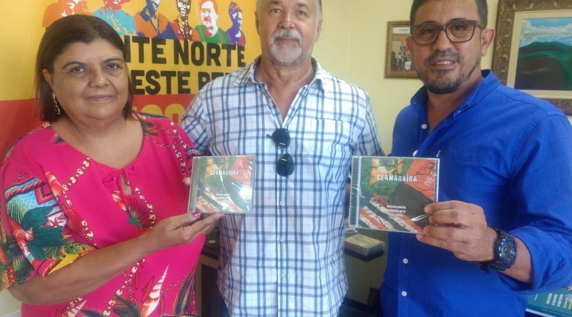 APEOC recebe o artista e compositor cearense Bernardo Neto.