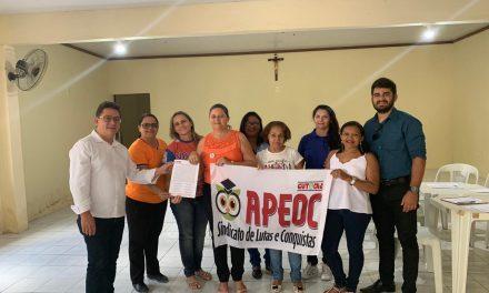 CARIRÉ: COMISSÃO MUNICIPAL DA APEOC É EMPOSSADA