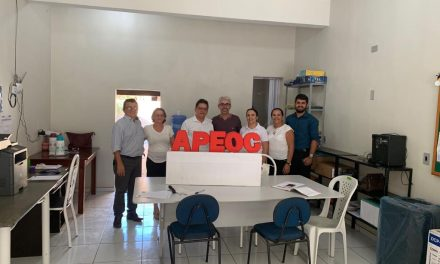 HIDROLÂNDIA: COMISSÃO DA APEOC É EMPOSSADA E JÁ INICIA OS TRABALHOS NO MUNICÍPIO