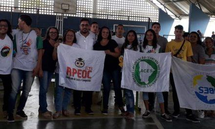 CAUCAIA: ANIZIO MELO DEBATE FINANCIAMENTO DA EDUCAÇÃO COM ESTUDANTES