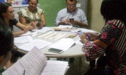 PALMÁCIA: APEOC DISCUTE PLANO DE CARREIRA, TABELA SALARIAL E AMPLIAÇÃO