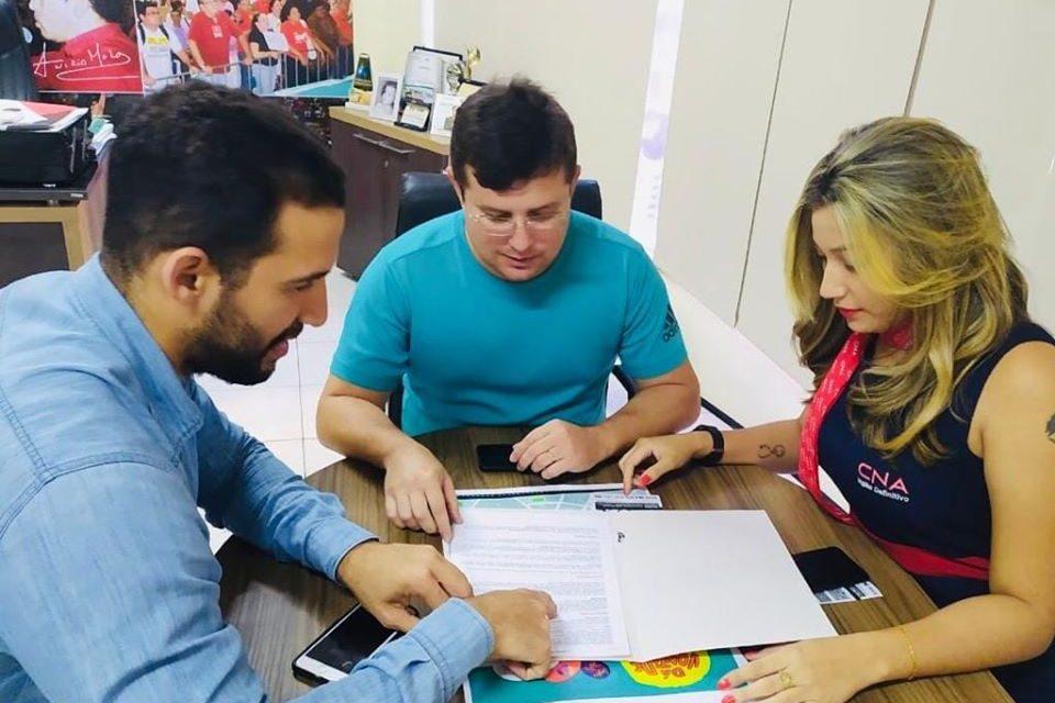 PROFESSOR HELANO MAIA É ELEITO VICE-PRESIDENTE DO CONGE/ISSEC