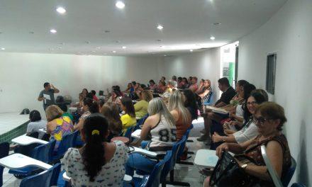 TAUÁ: APEOC REALIZA ASSEMBLEIA PARA DEBATER CAMPANHA SALARIAL DE 2020