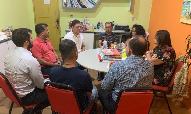 PARACURU: APEOC DISCUTE QUINQUÊNIOS COM GESTÃO MUNICIPAL