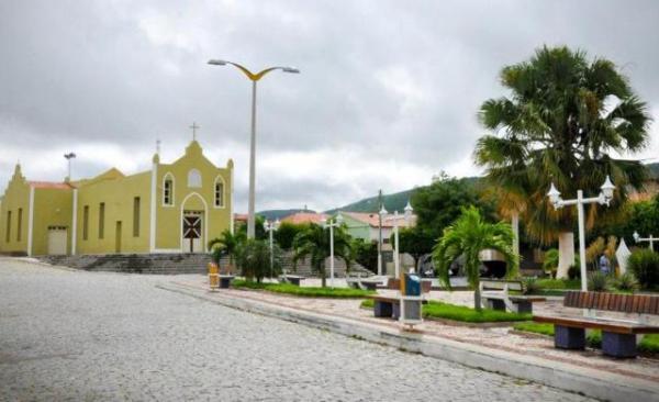 ARNEIROZ: APEOC CONQUISTA PAGAMENTO DO ADICIONAL DE FÉRIAS