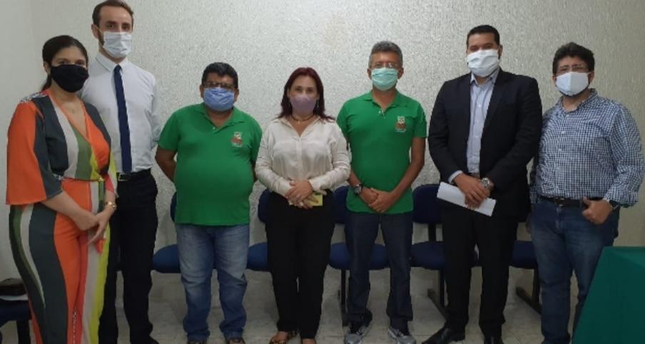 CAUCAIA: APEOC REUNE-SE COM SECRETARIA MUNICIPAL DE EDUCAÇÃO, CIÊNCIA E TECNOLOGIA