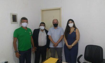 CAUCAIA: APEOC CUMPRE AGENDA EM DEFESA DA EDUCAÇÃO PÚBLICA E SEUS TRABALHADORES