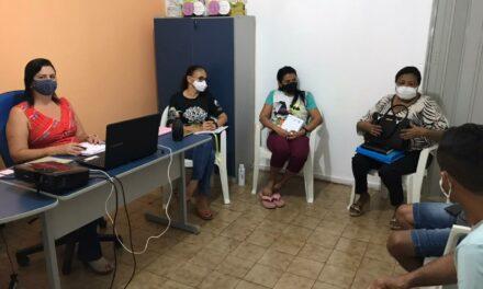SOLONÓPOLE: APEOC DISCUTE CAMPANHA SALARIAL COM SECRETÁRIA DA EDUCAÇÃO