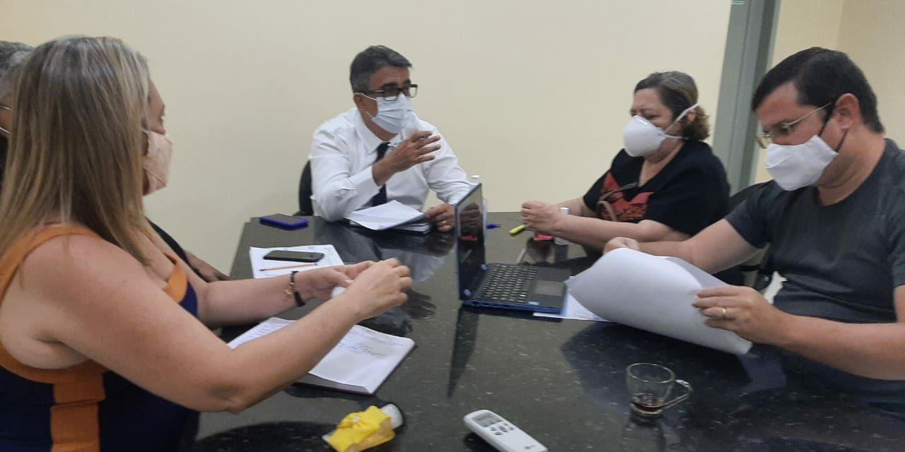 JAGUARUANA: APEOC ARRANCA COMPROMISSO DA GESTÃO MUNICIPAL COM A PROMOÇÃO DE PROFESSORES