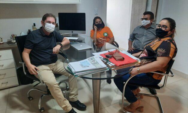 JAGUARIBE: APEOC REÚNE-SE COM PROCURADOR DO MUNICÍPIO PARA TRATAR RECONHECIMENTO DE MANDATO CLASSISTA E CONSIGNAÇÃO EM FOLHA