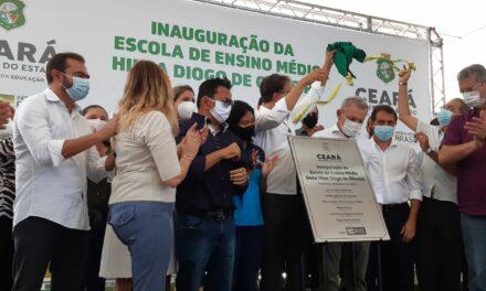 ANIZIO MELO PARTICIPA DE INAUGURAÇÃO DA ESCOLA HILZA DIOGO DE OLIVEIRA