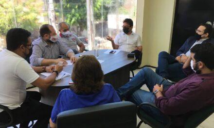 CHOROZINHO: COMISSÃO MUNICIPAL SE REÚNE COM ADVOGADOS E DIREÇÃO ESTADUAL DA APEOC PARA TRATAR DOS PRECATÓRIOS DO FUNDEF