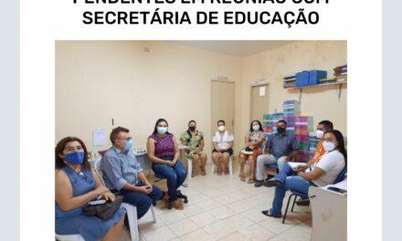 ARNEIROZ: APEOC DISCUTE PAUTAS PENDENTES EM REUNIÃO COM SECRETÁRIA DE EDUCAÇÃO